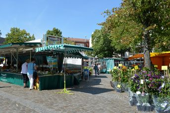 Leeraner Wochenmarkt