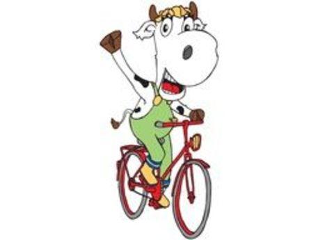 Elsa auf dem Fahrrad